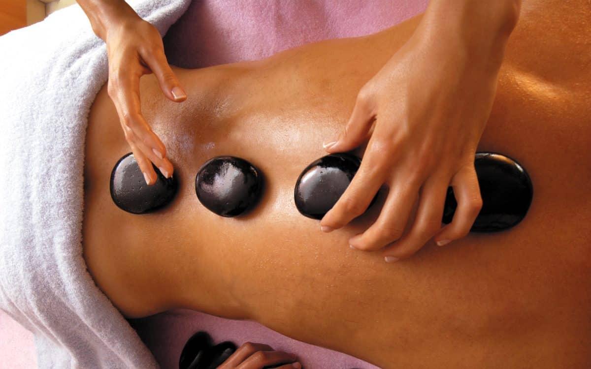 306-mer_plenitude_massage_pierre-chaude